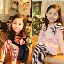Wholesale Girls Pink Butterfly Leggings - Girl's long sleeve stripe Butterfly knot T-shirt + Girl stripe Butterfly knot Leggings 5pcs spring and autumn new pink blue two-piece Set