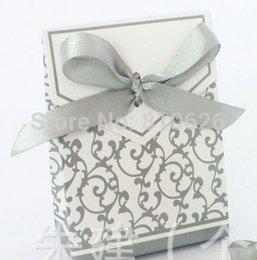 Wholesale Silver Cake Boxes - Free shipping 50pcs Silver Ribbon Gift Paper Bags Candy Box Wedding Party Cake Favour Favor Gift Boxes