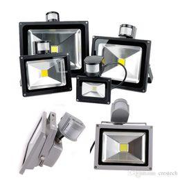 2019 luces de inundación con sensor de movimiento LED luz al aire libre Infared PIR luz de inundación Sensor impermeable IP65 10W 20W 20W 30W 50W Led PIR Motion LED pared de iluminación al aire libre rebajas luces de inundación con sensor de movimiento