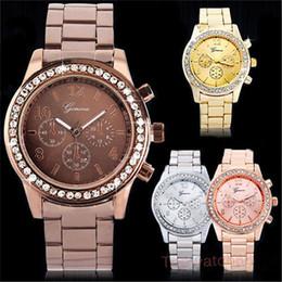 Wholesale-New Fashion Woman Watches Geneva  Unisex Quartz-watch Gold Stainless Steel Rhinestone Watch Ladies  supplier unisex steel geneva watch от Поставщики часы из унисексной стали