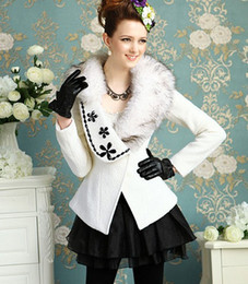 Wholesale Pink Doll Women Coat - Wholesale-Free Shipping Pink Doll High Quality Fur Collar Rhinestone Decorated Puff Sleeve Bowknot Woolen Coat White