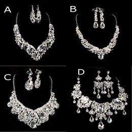 Wholesale Imitation Jewelry Cheap - 2015 Cheap 4 Styles Necklace & Earrings Rhinestone Big Crystal Bridal Accessories Lady Jewelry Sets Shiny Party Prom Wedding Jewelry