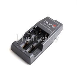 2019 batterie rapide Caricabatterie rapido UltraFire WF-139 per 18650 14500 18500 17500 o 17670 3.7V Batteria ricaricabile al litio Spedizione gratuita USA o UE all'ingrosso batterie rapide economici