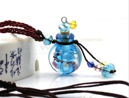 Wholesale Oil Vials Bottles - Glass essential oil diffuser necklaces flowers small vial pendant necklace aromatherapy pendant vintage perfume bottle pendant necklaces