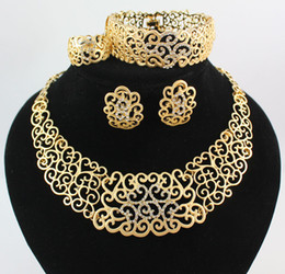 Wholesale African Necklace Ring - Necklace Bracelet Earring Rings African Jewelry Sets Fashion 18K Gold Plated Flower Rhinestone Wedding Party Set