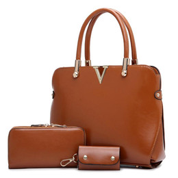Wholesale Men Wallet Sets - Wholesale-New 2015 Genuine Leather Handbag Women Messenger Bag Fashion Retro Tote Brand Shoulder Bags Crossbody Bags Wallet key Bag 3 set