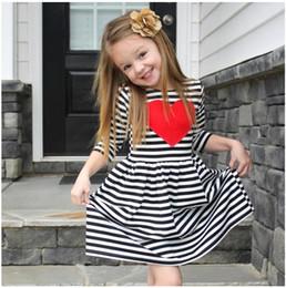 2019 rote gestreifte kleider kinder Baby Girl Striped Red Love Printed Kleid Mädchen Dreiviertelröcke Kleider Kinder Mode Kleidung Kleidung Weihnachtsgeschenk für Kinder rabatt rote gestreifte kleider kinder