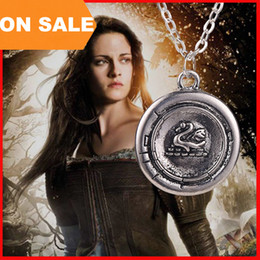 Wholesale Wholesale Emma - Snow White Princess Emma Swan Talisman Necklaces Antique Silver charm Necklaces Statement necklaces movie Jewelry Christmas Gifts 160358