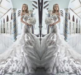 Pnina tornai mariée en Ligne-Pnina Tornai 2019 robes de mariée sirène strass avec Sweetheart au large de la robe de mariée de luxe en tulle cristal dos nu Shouler Hot