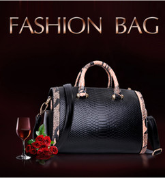 Wholesale U Handbag - HOT!New 2016 fashion women Psnake pattern U leather handbags famous handbag one shoulder bag messenger bag totes lady purse