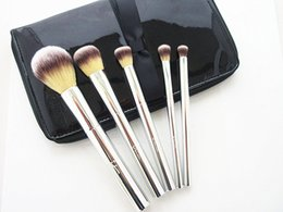 Wholesale Makeup Basics - IT Cosmetics Brushes for ULTA Your Beautiful Basics Airbrush 101 5-pieces Brush set with Pouch Deluxe Makeup Face Blender DHL Free