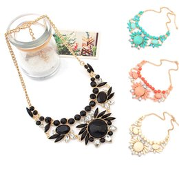 Wholesale Emerald Choker Necklace - Gemstone Pendants Rhinestone Statement Necklace Bohemian Jewelry Chains Chokers Sautoir Accessories For Woman Wholesale 12pcs V018