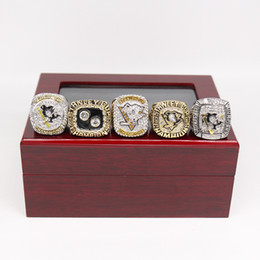 Wholesale Rings For Friends - 5pcs set 1991 1992 2009 2017 2017 Pittsburgh Penguins Stanley Cup Championship Rings, Drop Ship Christmas Gift For Friends