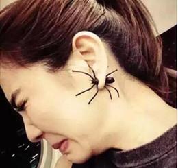 Noite brincos pretos on-line-Punk Halloween Black Spider Charme Ear Stud Brincos Presente Da Noite Para A Festa de Halloween Traje Novidade Brinquedos