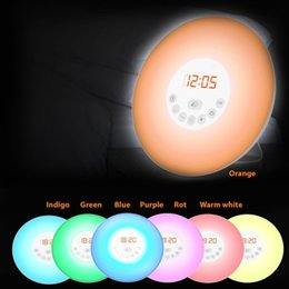 LED Wake Up Light Mood Light будильник Многофункциональный с FM-радио, функция восхода солнца,Светодиодный ночник для детей supplier lighted up alarm clock от Поставщики будильник включен