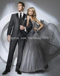 мужские угольные галстуки Скидка Новый пользовательский дизайн одна кнопка темно-серый жених смокинги пик отворотом Шафер жениха мужские свадебные костюмы (куртка + брюки + жилет + галстук) AA498