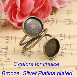 Wholesale Round Cameo Frames - Wholesale-12mm Finger Ring Round Antique Bronze Cameo Glass Cabochon Frame bezel Setting Ring:19mm 20pcs lot (K00559)