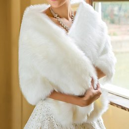 Wholesale Cheap Faux Coats - Cheap 2016 Fall winter HIgh quality Wedding Accessories Winter Wedding Coat Fur For Bride Bridal Wraps Faux Evening prom Two Layer WWL