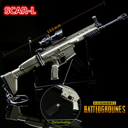 Wholesale Classic Toy Guns - FPS Game Playerunknowns Battlegrounds 3D Keychain SCAR-L PUBG zinc alloy Keyring Jewelry Pendant child Gift Toy gun ornaments