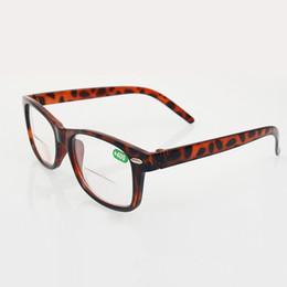 2019 dioptria da lente Clássico Retro Mulheres Homens Flex Spring Dobradiça Lente Resina Bifocal Óculos de Leitura Leopardo Quadro Eyewear Diopter +1.0 - +4.0 20 Pçs / lote desconto dioptria da lente