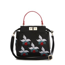 Wholesale Designer Handbag Painted - Wholesale-2015 Famous Brand Painting Flower Women Bag New Designer PU Leather Handbag Ladies Peekaboo Mini Shoulder Bag bolsos sac BB9901