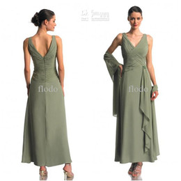 Wholesale Ankle Length Evening Dresses Mother - Modest Long Chiffon Mother of the Bride Dresses with Cape Ankle Length Pleats Plus Size Formal Evening Gowns