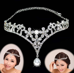 Wholesale Wedding Headband Jewelry - 16.3*8cm Cheap Bridal Tiara Crystals Headband Bridal Head Accessories Wedding jewelry Formal Event Hair Wear Rhinestones New Fashion