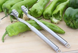 Wholesale Pepper Fruit - Pepper To Core Device Stainless Steel Serrated Chili Pepper Corer Kitchen Cooking Tools Multifunctional Fruit And Vegetable Corer