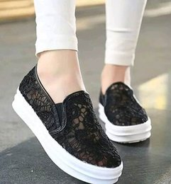 Wholesale crochet lace shoes - Brand Summer Women Lace flat shoes Casual Shoes bottom of the thick Platform crochet shoes Net yarn sandals #610