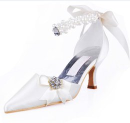 Wholesale Satin Ballet Wedding Shoes - 2016 White Short Wedding Shoes Cheap Modest Pearls Bridal Shoes Crystal Beads Low Heels Bow Fashion Laides Party SHoes Sexy Real Image