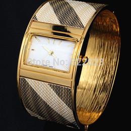 Wholesale Watch Sports Women - 2017 New women watch lady luxury bangle watch Bracelet wristwatch quartz clock female brand lady golden watch watched Free shipping