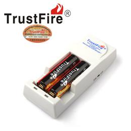 2019 gros chargeurs de batterie au lithium-ion En gros DHL Libre -Original Trust feu AU Royaume-Uni EU US Double Chargeur de batterie trustfire tr-001 pour lithium 16340 18500 18650 li-ion batterie 20PCS gros chargeurs de batterie au lithium-ion pas cher