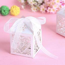 Gros chocolats en coeur en Ligne-En gros amour coeur Laser cut mariage boîte de bonbons boîte de faveur parti faveur boîte cadeau bonbons boîtes de chocolat