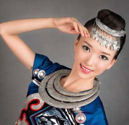 Wholesale Folk Costumes - Wholesale-Chinese folk Hmong Dong jewelry handmade Miao Yin classic inserted comb butterfly tassel hair-wear ancient costumes accessories