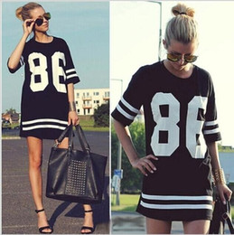 86 robe de baseball Promotion Fashion Women Celebrity Oversized 86 American Baseball Tee T-shirt Top Varsity Short Sleeve Loose Dress Noir Taille S - XL nouvel arrivé !!