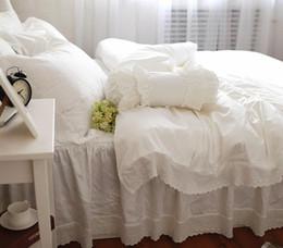 Coton original brodé satin de coton brodé large large volants blancs ensembles de literie 4, housse de couette de textile de robe de maison ? partir de fabricateur