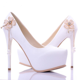 Wholesale White Bridesmaid Shoes Cheap - Cheap New Arrival Concise Elegant White Bridesmaid Shoes 5 Inch Woman Fashion Single High Heels Bridal Wedding Shoes Platforms