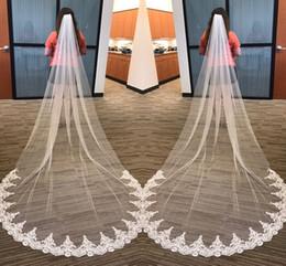 Ventes chaudes Blanc Ivoire 3 Mètres Long Voiles De Mariée Avec Peigne Tulle Appliqued Une Couche Cathédrale Mariages Longue Voiles De Mariée Pas Cher ? partir de fabricateur