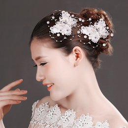 Wholesale Butterfly Crystal Hair Clip - Butterfly Hand Made Pearl Crystal Rhinestone Lace bridal Hairpin Bridal Clips Bridal Hair Accessories red white color