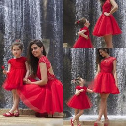 Wholesale Satin Ruffle Baby Dress - Red Short Prom Dresses For Mother And Baby 2016 Jewel Neck Cap Sleeves Lace Tulle Knee Length Backless Party Dresses Evening Gowns 2015