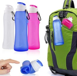 Wholesale Press Sleeves - Silicone Outdoor Folding Bottles Creative kettle With Key buckle 600ml Telescopic Collapsible Portable Drinkware Hiking Bottles With Box