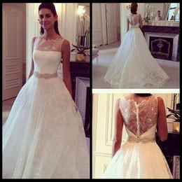 Wholesale Elegant Style Crystals Wedding Dresses - 2015 Hot Style Lace Elegant Princess Wedding Dress With Zipper Covered Back Vintage Wedding Bridal Gowns