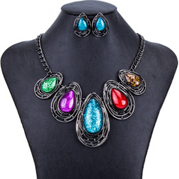 2019 conjunto de pérolas jóias da pérola Clássico na moda do vintage colorido robusto conjuntos de jóias de festa de moda colar e brincos conjuntos para as mulheres frete grátis