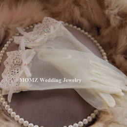 Wholesale Vintage Lace Gloves - Vintage Ivory Waist Length Bridal Gloves Full Fingers Sheer Wedding Gloves Bowknot Beading Lace Bridal Gloves Rhinestone Bridal Hand Gloves