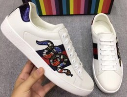 Wholesale Diamond Casual Shoes - High quality new fashion soft classic casual real leather sneakers men women shoes with box and dust bag snake complete size with diamond