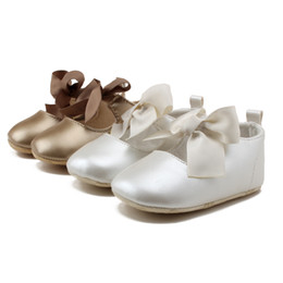 Wholesale Infants Milk - Wholesale- Delebao 2017 Newdesign Baby Shoes Milk White PU 0-18 Months Unisex Infant Toddler Shoes Wholsesale