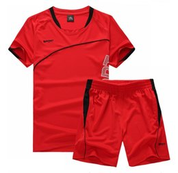 green football clothing UK - Men Running Suit Short Sleeve+Shorts  Basketball Training Tracksuit Quick 8183b797f