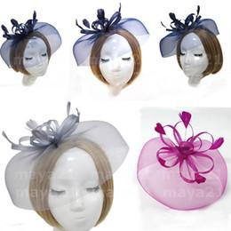 Çok Renkli Kate Middleton Şapka Gelin Şapkalar Saç Aksesuarları Tüy Çiçek Düğün Gelin Accessores Kraliyet Sinamay Fascinator Şapka nereden mevsim kılları tedarikçiler