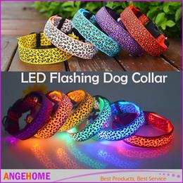 2016 NUOVO Collare Pet Dog LED Lampeggiante Glow Collana In Nylon Cat Collari Regolabili Leopard LED collari per cani 8 Colori 4 dimensioni Per Cane da