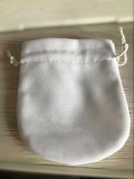 Borse e confezioni di gioielli in velluto all'ingrosso con logo da